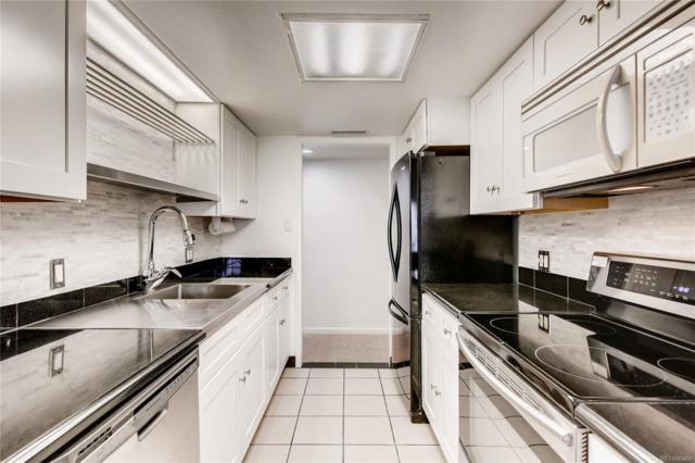 9725 E Harvard Avenue #349, Denver, CO 80231 (#7415876) :: The Griffith Home Team