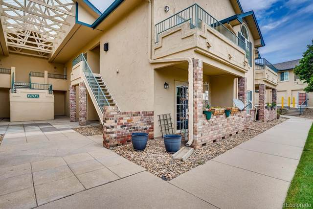 8707 E Dry Creek Road #1822, Centennial, CO 80112 (#7441622) :: Kimberly Austin Properties