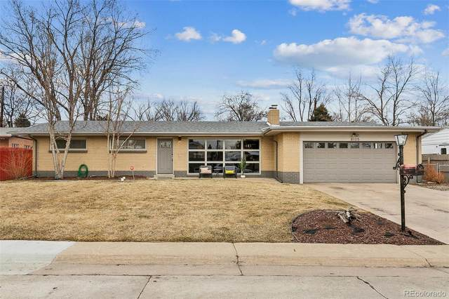 8105 Sunset Drive, Lakewood, CO 80214 (#7510575) :: The Brokerage Group