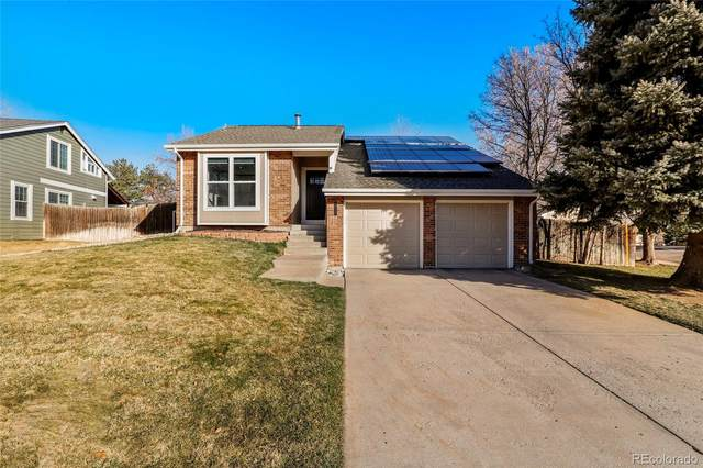 8217 S Syracuse Court, Centennial, CO 80112 (#7564232) :: The Griffith Home Team