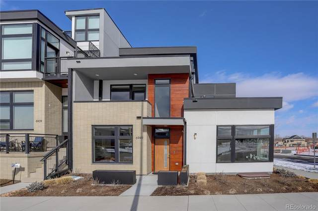 6949 E Lowry Boulevard, Denver, CO 80230 (#7564244) :: Berkshire Hathaway Elevated Living Real Estate