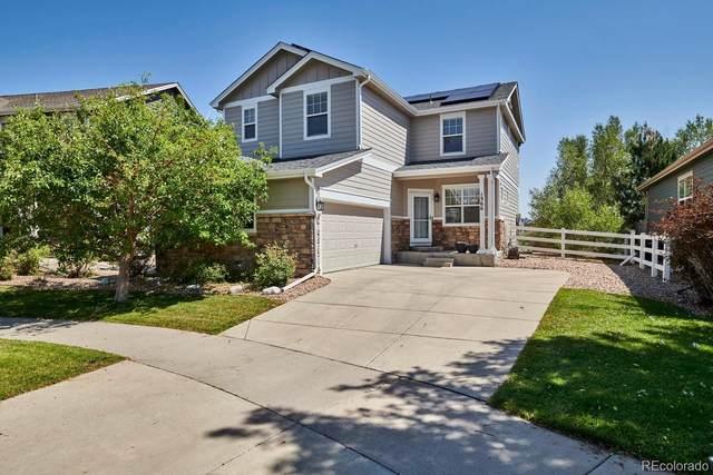 1366 S Duquesne Circle, Aurora, CO 80018 (#7612645) :: The HomeSmiths Team - Keller Williams