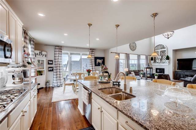 7588 S Country Club Parkway, Aurora, CO 80016 (#7637909) :: The DeGrood Team