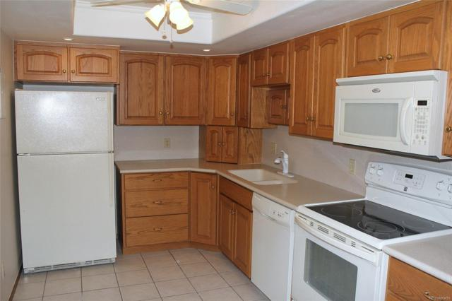 14091 E Marina Drive #311, Aurora, CO 80014 (#7674316) :: 5281 Exclusive Homes Realty
