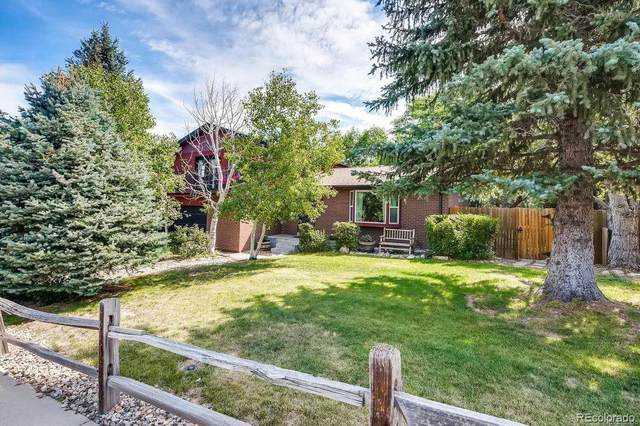 562 S Deframe Court, Lakewood, CO 80228 (#7698067) :: The Brokerage Group