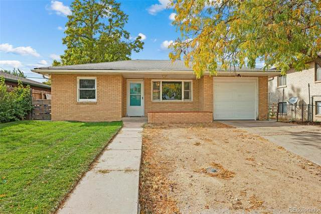 3015 Sunset Drive, Evans, CO 80620 (#7726749) :: The DeGrood Team