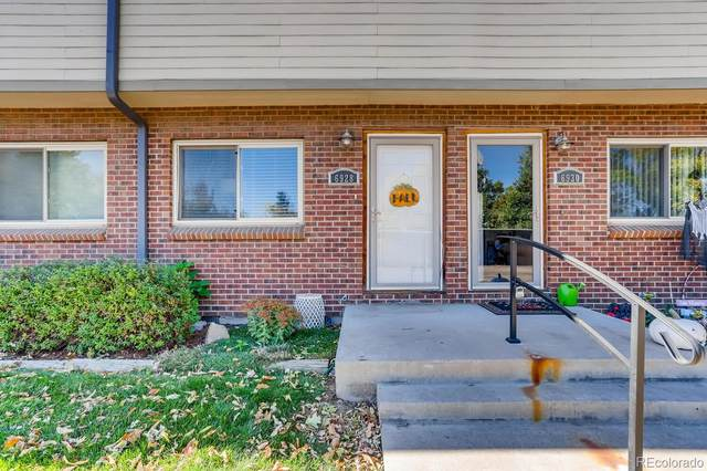 6928 W 48th Avenue, Wheat Ridge, CO 80033 (#7790119) :: My Home Team