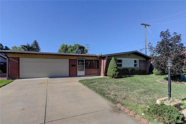 7490 W 45th Place, Wheat Ridge, CO 80033 (#7809455) :: The DeGrood Team