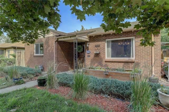 3070 Oneida Street, Denver, CO 80207 (#7811629) :: The Scott Futa Home Team