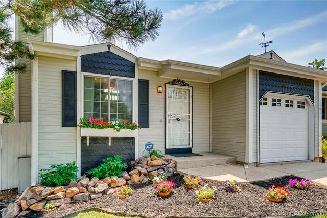 17756 E Cornell Drive, Aurora, CO 80013 (#7826615) :: The Colorado Foothills Team | Berkshire Hathaway Elevated Living Real Estate