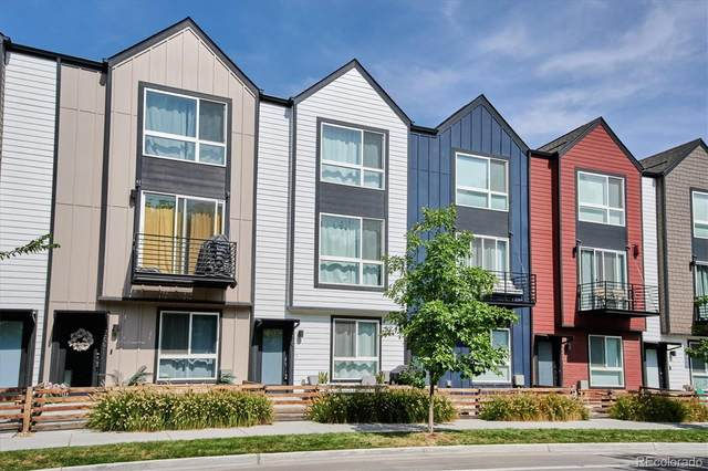 5561 W 10th Avenue, Lakewood, CO 80214 (#7849672) :: The DeGrood Team