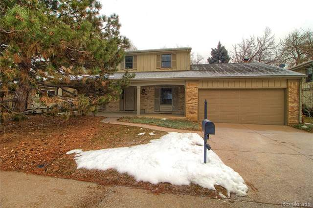 2843 S Oakland Circle, Aurora, CO 80014 (#7908374) :: HomePopper