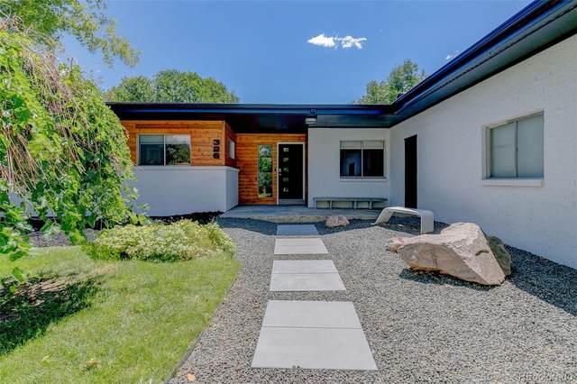 326 E Maplewood Avenue, Centennial, CO 80121 (#7916968) :: HomeSmart Realty Group