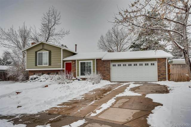 18702 E Quincy Place, Aurora, CO 80015 (#8022728) :: The Harling Team @ Homesmart Realty Group