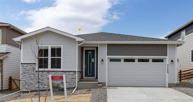 21745 E Stanford Circle, Aurora, CO 80015 (#8033871) :: Berkshire Hathaway HomeServices Innovative Real Estate