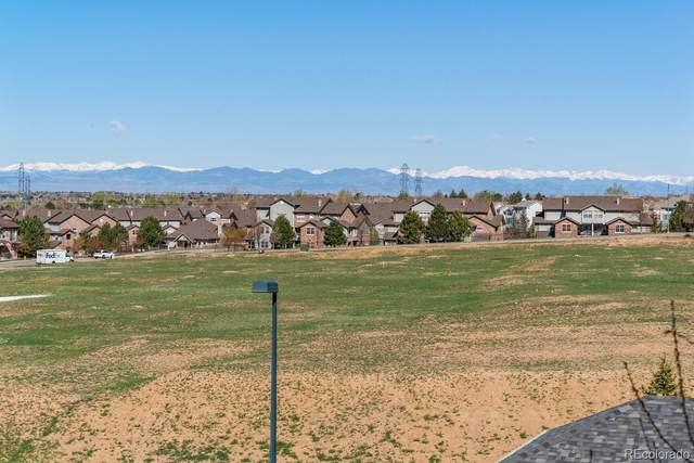 2672 S Cathay Way #201, Aurora, CO 80013 (#8044005) :: HomeSmart Realty Group
