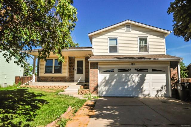1811 S Flanders Way, Aurora, CO 80017 (#8063774) :: 5281 Exclusive Homes Realty