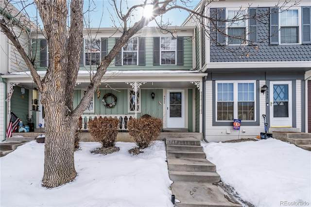 9630 W Cornell Place, Lakewood, CO 80227 (#8132579) :: The DeGrood Team