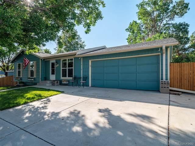 3657 S Newcombe Way, Lakewood, CO 80235 (#8135711) :: iHomes Colorado