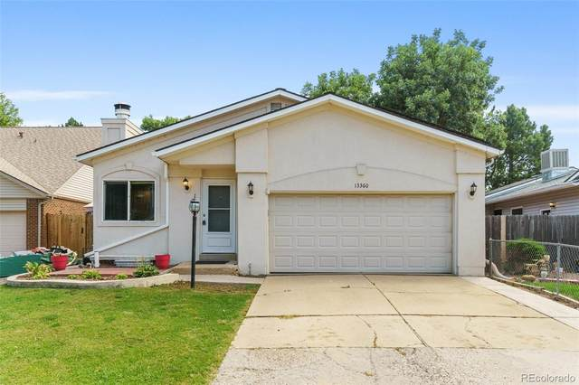 13360 W 69th Place, Arvada, CO 80004 (#8155023) :: The HomeSmiths Team - Keller Williams