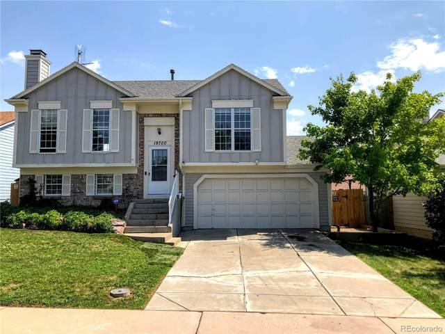 19700 E Bates Avenue, Aurora, CO 80013 (MLS #8167637) :: Bliss Realty Group