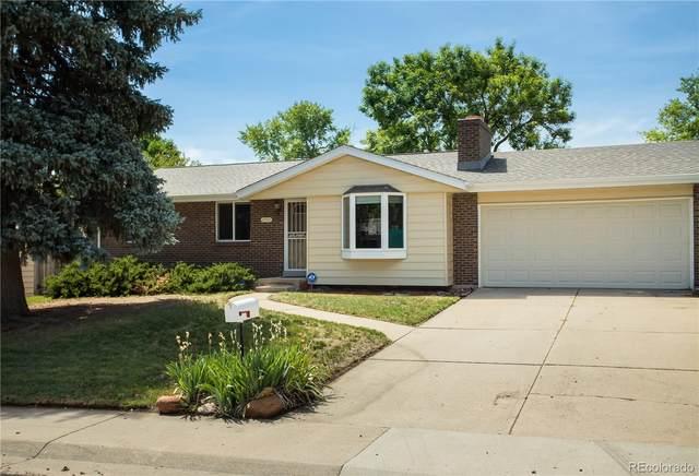 8892 W Jewell Place, Lakewood, CO 80227 (#8197902) :: Kimberly Austin Properties