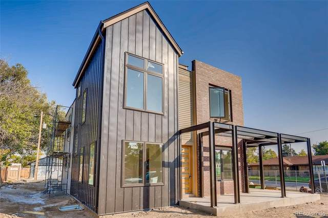 3000 Glencoe St Street, Denver, CO 80207 (#8262482) :: Portenga Properties - LIV Sotheby's International Realty