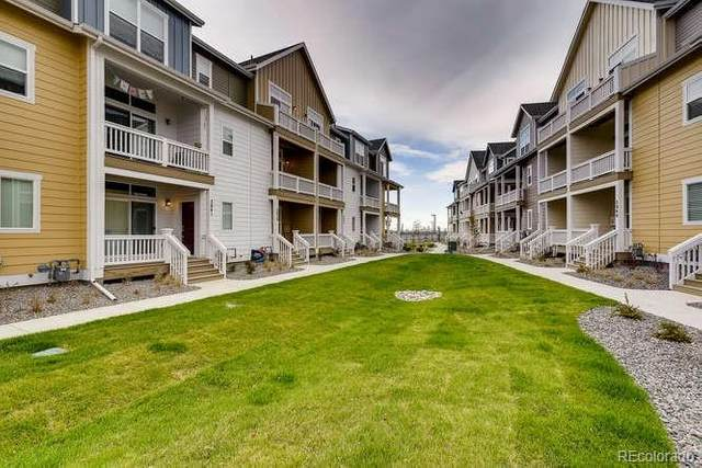 2861 S Fox Court, Englewood, CO 80110 (#8275271) :: The DeGrood Team