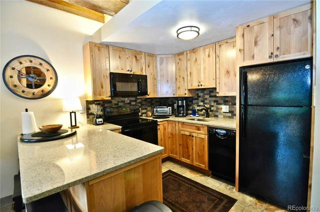 2305 Storm Meadows Drive #220, Steamboat Springs, CO 80487 (#8297430) :: The HomeSmiths Team - Keller Williams