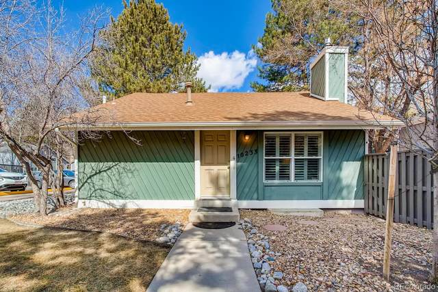 10233 E Peakview Avenue, Englewood, CO 80111 (MLS #8311804) :: The Sam Biller Home Team