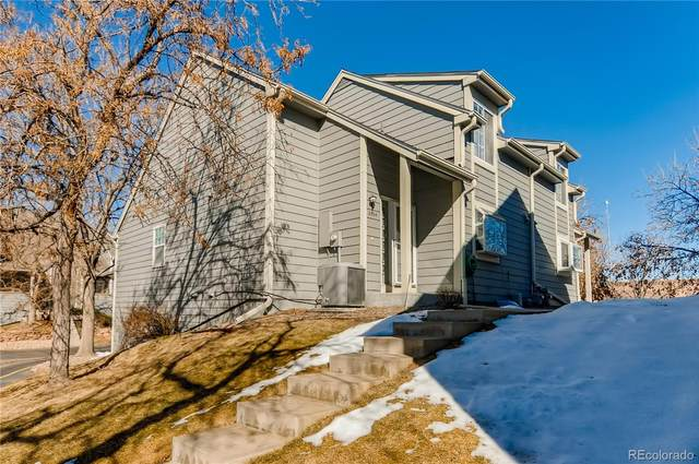 2004 S Worchester Way, Aurora, CO 80014 (#8326491) :: Compass Colorado Realty