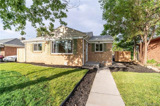 2650 Pontiac Street, Denver, CO 80207 (#8331947) :: The HomeSmiths Team - Keller Williams