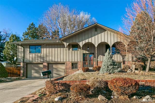 2625 S Ammons Way, Lakewood, CO 80227 (#8342309) :: The Healey Group