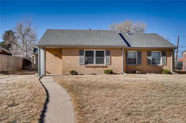 2935 Ivy Street, Denver, CO 80207 (#8358208) :: The Griffith Home Team