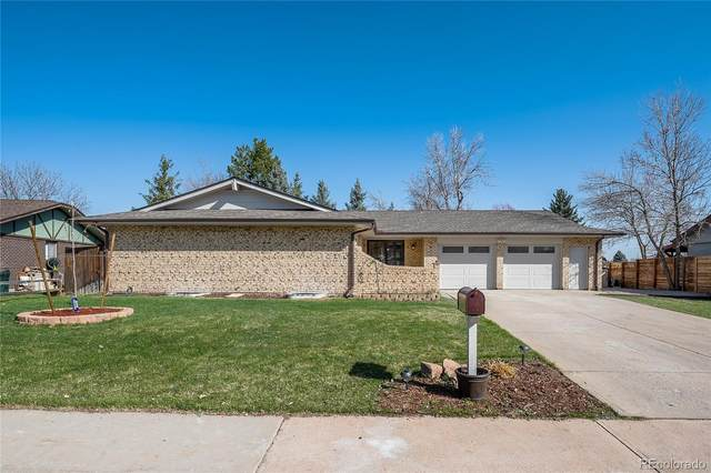 9411 W Louisiana Avenue, Lakewood, CO 80232 (MLS #8381450) :: Wheelhouse Realty