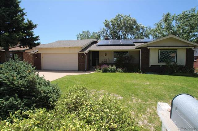 2015 Lee Street, Lakewood, CO 80215 (MLS #8416231) :: Neuhaus Real Estate, Inc.