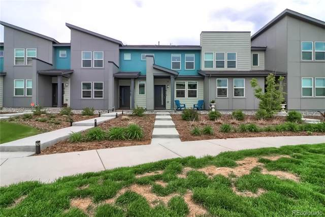 16117 E Elk Place, Denver, CO 80239 (#8432731) :: HomeSmart