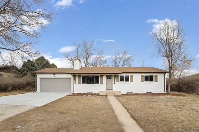 12289 W Connecticut Drive, Lakewood, CO 80228 (#8471662) :: The Harling Team @ HomeSmart
