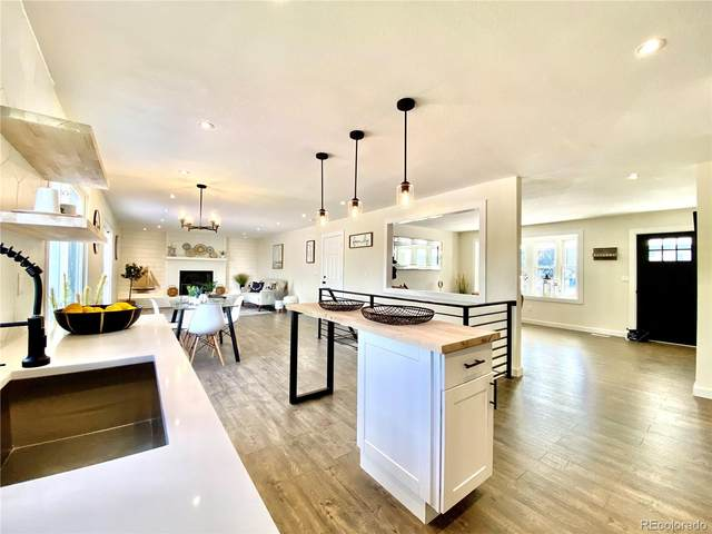 8142 S Carr Court, Littleton, CO 80128 (#8478165) :: Mile High Luxury Real Estate