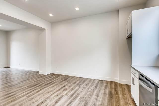 7856 W 43rd Place, Wheat Ridge, CO 80033 (#8478551) :: The HomeSmiths Team - Keller Williams