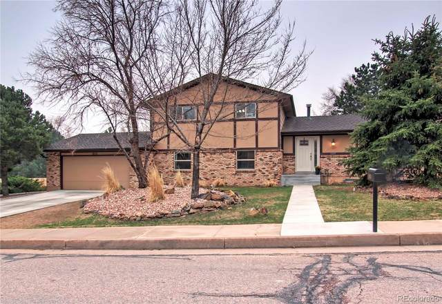 1025 Oak Hills Drive, Colorado Springs, CO 80919 (#8482247) :: HomeSmart
