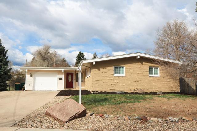 7983 W Chestnut Way, Littleton, CO 80128 (#8502398) :: The HomeSmiths Team - Keller Williams