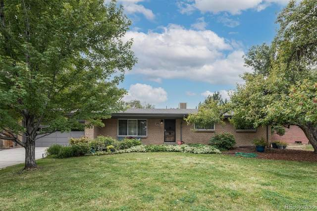 6630 W 12th Place, Lakewood, CO 80214 (#8502533) :: The DeGrood Team