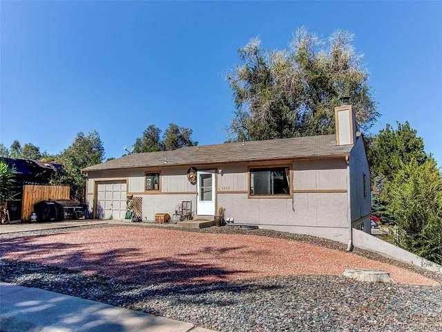 2307 W Maplewood Avenue, Littleton, CO 80120 (#8503741) :: Venterra Real Estate LLC
