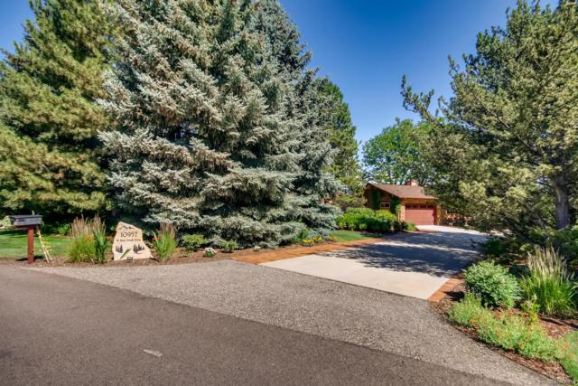 10957 W Bear Creek Drive, Lakewood, CO 80227 (#8514507) :: Colorado Team Real Estate