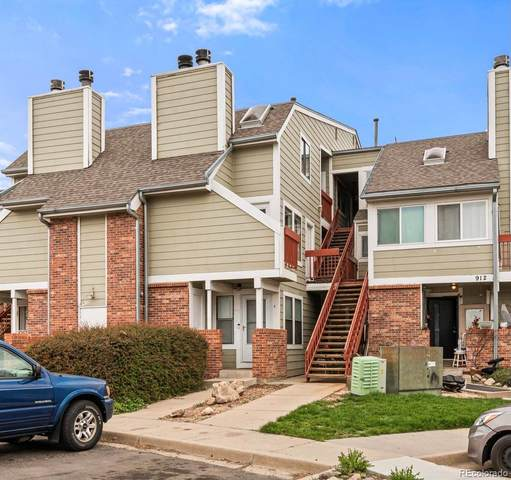 912 S Dearborn Way #12, Aurora, CO 80012 (#8541343) :: The Artisan Group at Keller Williams Premier Realty