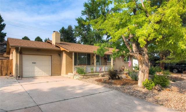 4401 W Wagon Trail Drive, Denver, CO 80123 (#8549578) :: The DeGrood Team