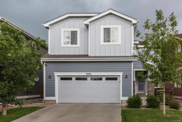 4742 S Picadilly Court, Aurora, CO 80015 (#8595082) :: The HomeSmiths Team - Keller Williams