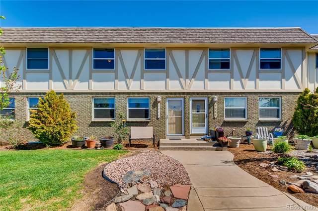 5024 E Hinsdale Place, Centennial, CO 80122 (#8633602) :: James Crocker Team