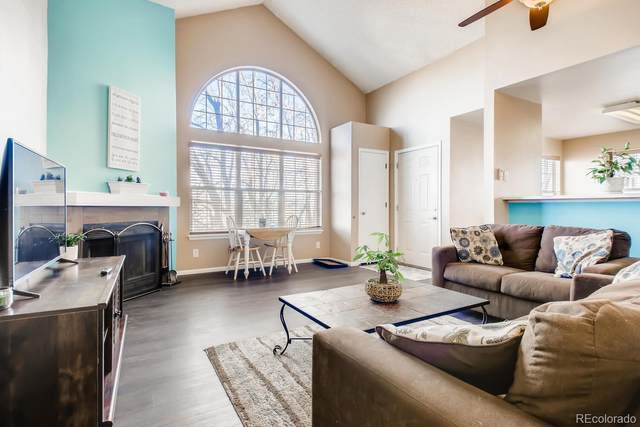 5702 W Asbury Place #302, Lakewood, CO 80227 (#8709572) :: Mile High Luxury Real Estate
